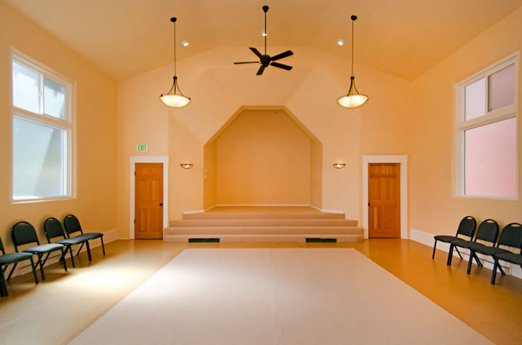 Women's Latihan Hall/Chapel